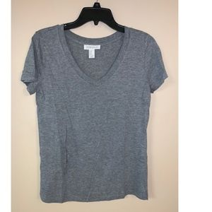 Gray v-neck t shirt